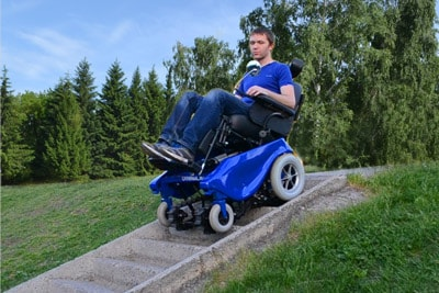 Caterwil коляска на лестнице